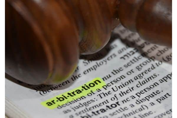 Arbitration vs. Mediation